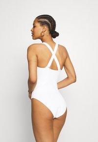 Etam - ELISA ONE PIECE - Swimsuit - blanc - 4