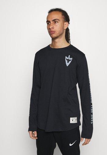 PROJECT ROCK SAME GAME - Langærmede T-shirts - black