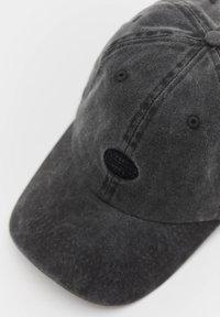 PULL&BEAR - BASIC - Cap - black - 1