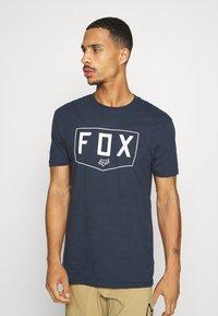 Fox Racing - SHIELD PREMIUM TEE - Print T-shirt - midnight - 0
