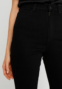 Abrand Jeans - A DOUBLE OH  - Flared Jeans - black denim - 3