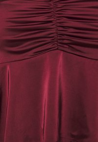 Missguided Plus - PUFF SLEEVE RUCHED FRONT PEPLUM - Blouse - wine - 2