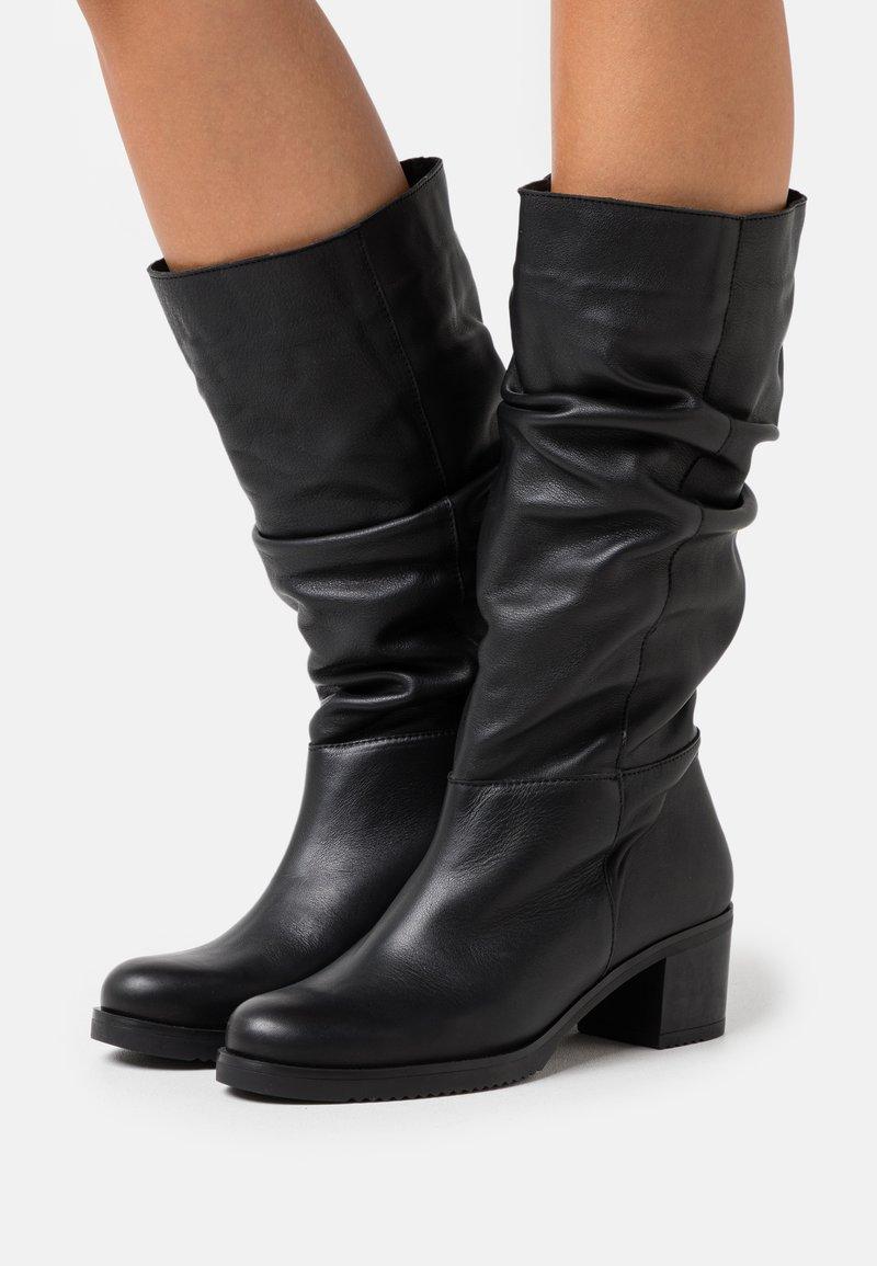 Mis Pepas - MARTA - Boots - black