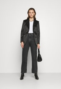 Weekday - ROWE - Straight leg jeans - nova black - 1