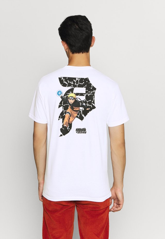 NARUTO DIRTY TEE - T-shirt z nadrukiem - white