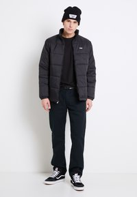 Vans - LAYTON - Light jacket - black - 1