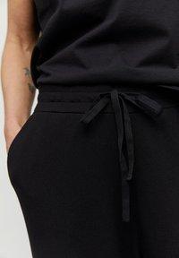 ARMEDANGELS - HANNAA - Trousers - black - 3