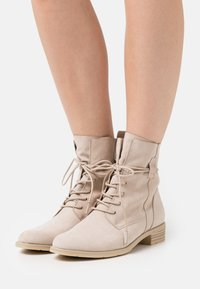 Marco Tozzi - BOOTS - Lace-up ankle boots - dune - 0