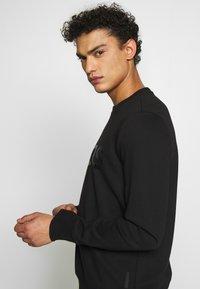 Michael Kors - GARMENT DYE LOGO - Sweatshirt - black - 3