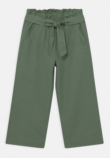 GIRLS BELTED CROP - Trousers - green