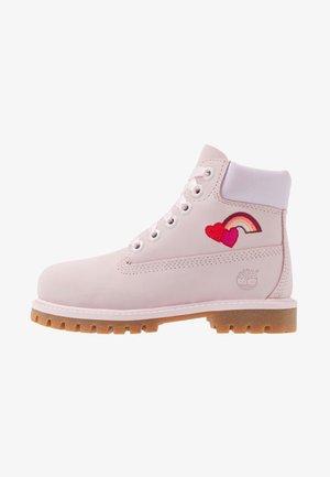 6 IN PREMIUM WP BOOT - Šněrovací kotníkové boty - light pink