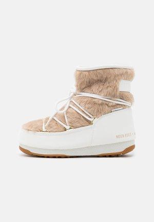 MONACO LOW WP  - Vinterstøvler - white