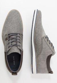 Pier One - Zapatos con cordones - grey - 1