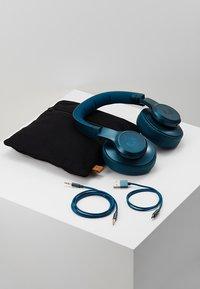 Fresh 'n Rebel - CLAM ANC WIRELESS OVER EAR HEADPHONES - Koptelefoon - petrol blue - 5