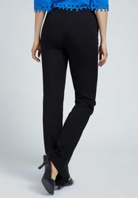 Guess - LOGO - Trousers - schwarz - 2