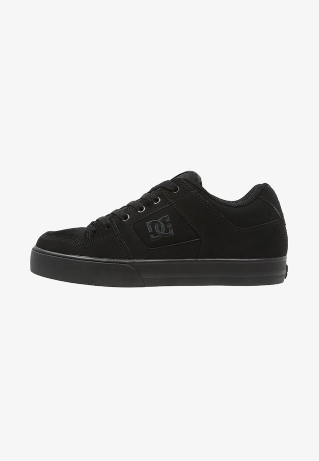 PURE - Skateskor - black