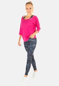 Winshape - MCS001 ULTRA LIGHT - Long sleeved top - deep pink - 1