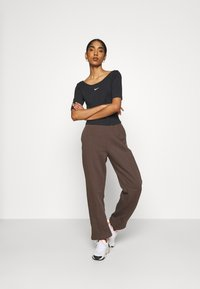 Nike Sportswear - PANT - Tracksuit bottoms - baroque brown - 1
