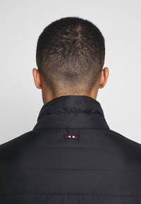 Napapijri - ACALMAR 3 - Lehká bunda - black - 4