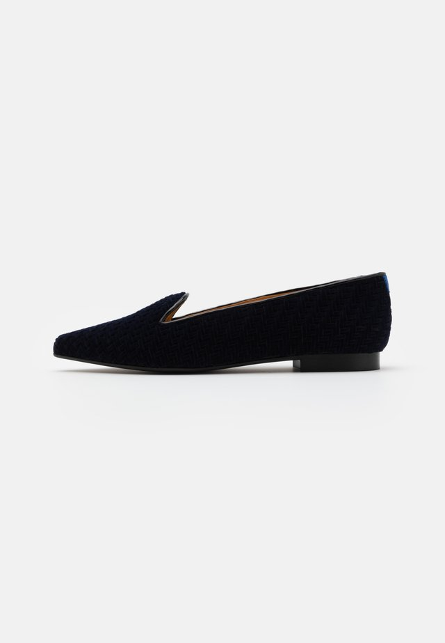 POINTY - Mocassins - blue seceno