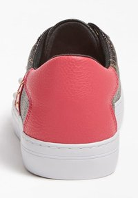 Guess - GRASEY 4G-LOGO - Trainers - mehrfarbig braun - 3