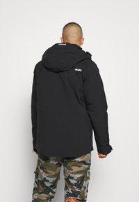 Oakley - INSULATED ANORAK - Snowboard jacket - blackout - 2
