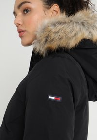 Tommy Jeans - TJW TECHNICAL JACKET - Down coat - tommy black - 5