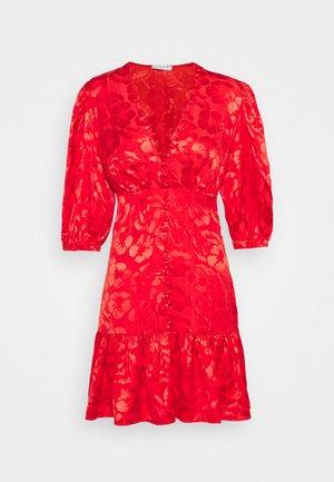 Cocktailklänning - rouge