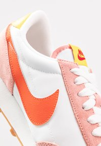 Nike Sportswear - DAYBREAK - Trainers - coral stardust/team orange/summit white/chrome yellow/med brown/gym red - 2