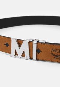 MCM - CLAUS REVERSIBLE BELT UNISEX - Belt - cognac - 4