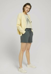 TOM TAILOR DENIM - Print T-shirt - soft creme beige - 1