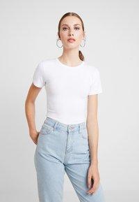 Modström - TRUE - Basic T-shirt - white - 0