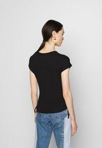 Tommy Jeans - Basic T-shirt - black - 2