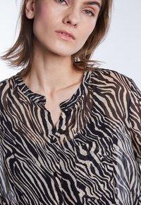 SET - Button-down blouse - black/white - 3