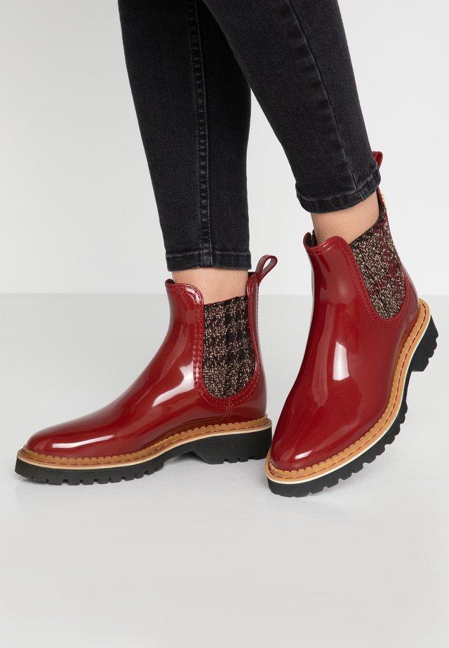 IZA - Stivali di gomma - loganberry