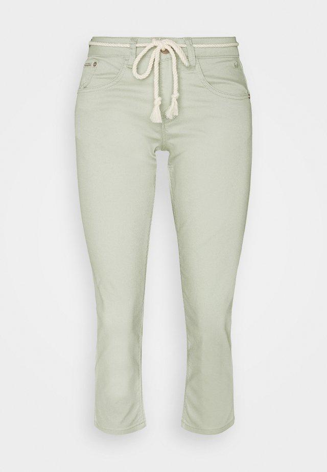 CRVAVA PANT COCO FIT - Spodnie materiałowe - desert sage