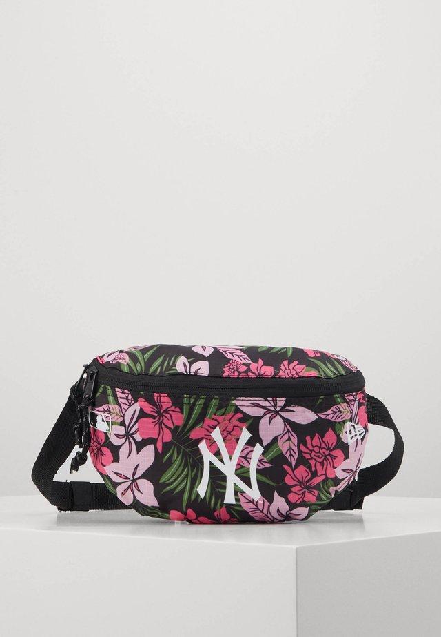 MINI WAIST BAG - Ledvinka - multi-coloured