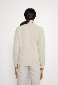 Patagonia - BETTER SWEATER - Fleece jacket - oyster white - 2