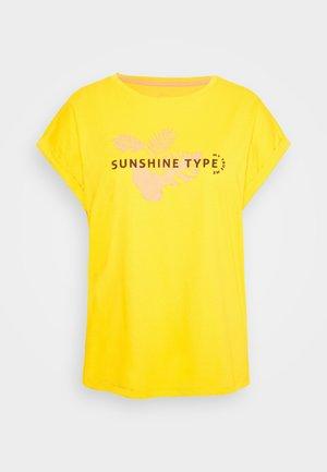 T-shirts print - deep golden yellow