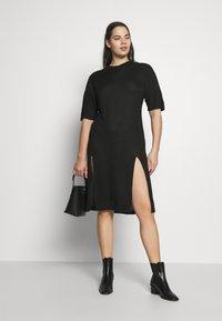 Simply Be - SIDE SPLIT - Pletené šaty - black - 1