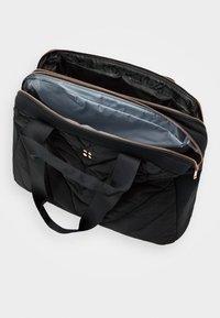Sweaty Betty - ICON KIT BAG - Sports bag - black - 3