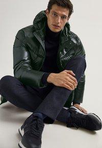 Massimo Dutti - Kurtka zimowa - green - 6