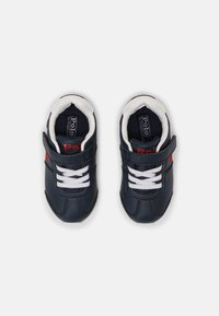 Polo Ralph Lauren - PONY JOGGER UNISEX - Trainers - navy smooth/red - 3