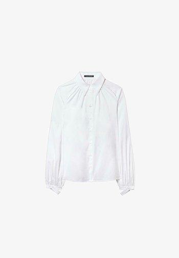 MIT ARM-DETAIL - Button-down blouse - weiß