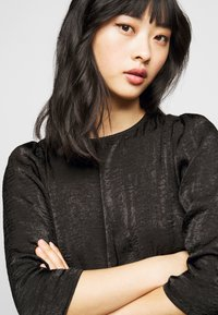 Vero Moda Petite - VMJENICE SHORT DRESS - Day dress - black - 3