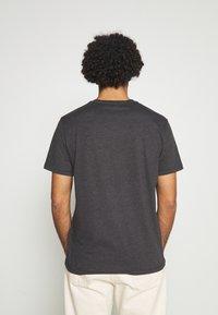 AllSaints - BRACE CONTRAST CREW - Basic T-shirt - soot black marl - 2