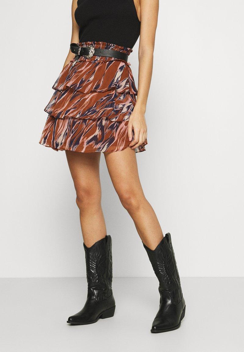 YAS - YASASTEA SKIRT - Mini skirt - brown