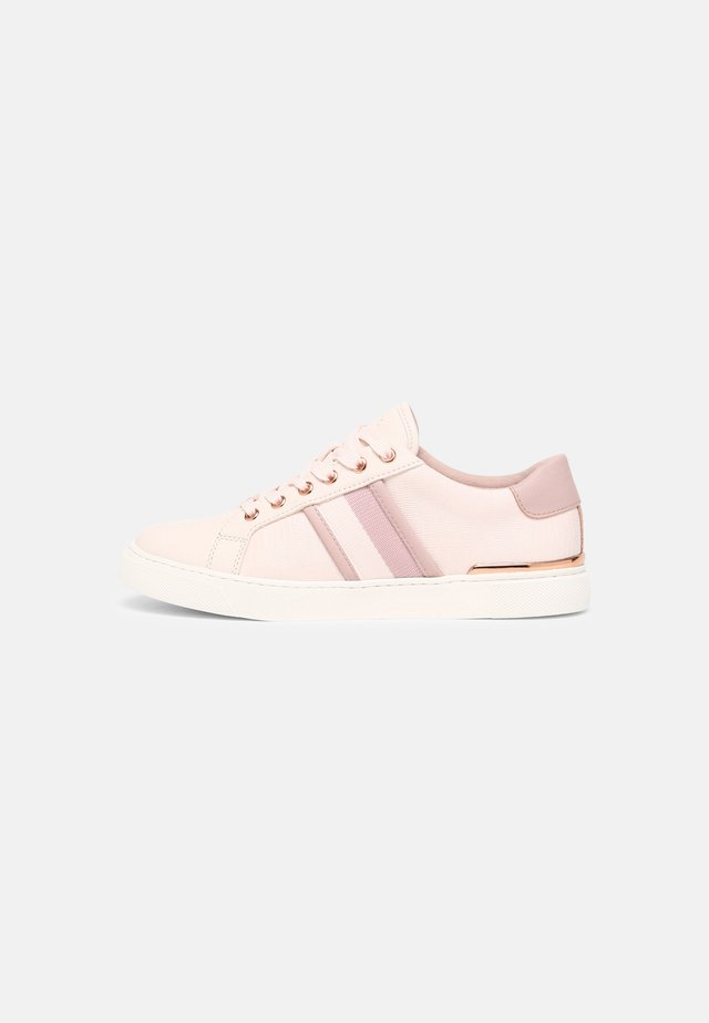 KWENA - Sneakers laag - light pink