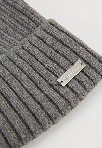 Calvin Klein - BASIC BEANIE - Gorro - grey - 5