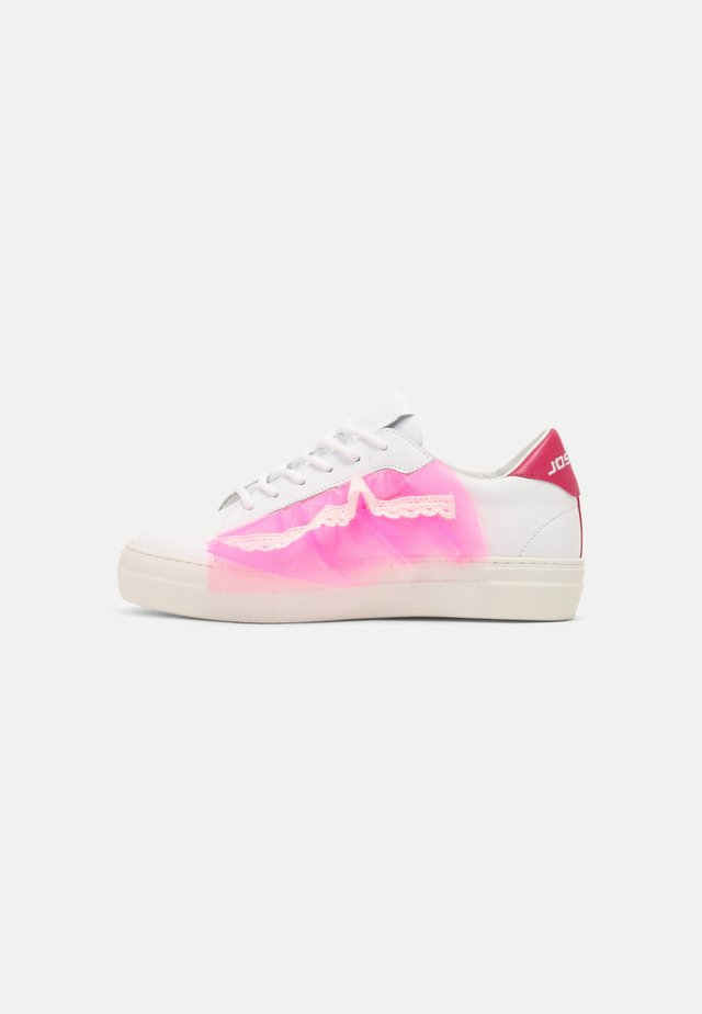 TULLE TOP - Sneakersy niskie - white